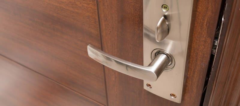 drzwi-zewnerzne-drewniane